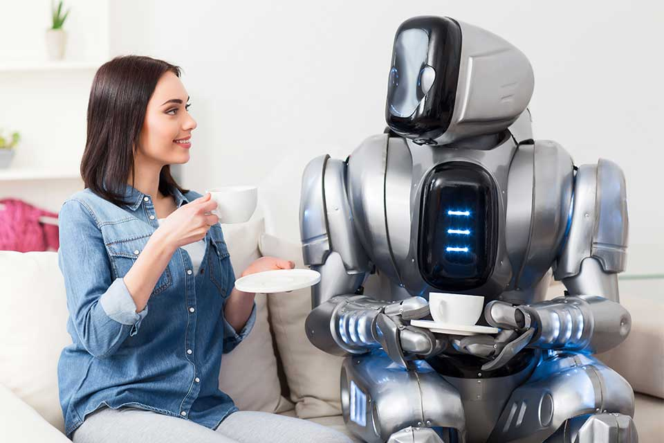 Article featured image metaphorically showing a woman talking to a robot as if having conversations with data